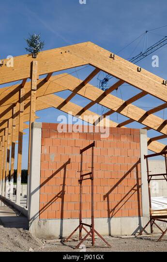 Haus bauen baustelle  Wall Crane Stockfotos & Wall Crane Bilder - Seite 6 - Alamy