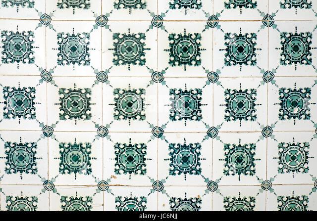 azulejos and portugal stockfotos azulejos and portugal bilder seite 10 alamy. Black Bedroom Furniture Sets. Home Design Ideas