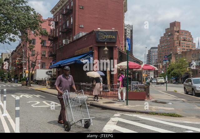 Riviera Cafe Sports Bar New York Ny