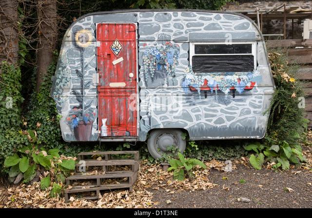Small Caravan Photos & Small Caravan Images - Alamy